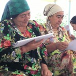 Village women committee leaders studying the process methodology